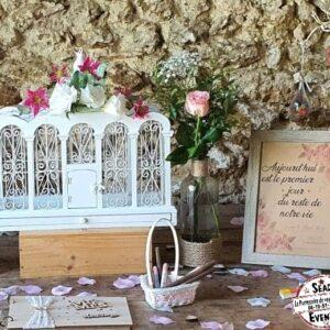 grande urne cage à oiseaux bois mariage location mont de marsan champêtre bohème chic blanc amour fleur décoration événements events réceptions cérémonies