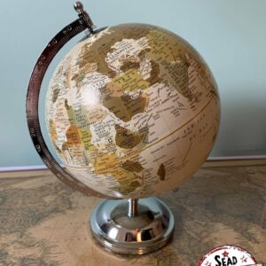petit globe clair pivote original monde location décoration voyage landes aquitaine world